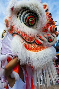 Lion Dance, Hong Kong, Hong Kong vs Singapore