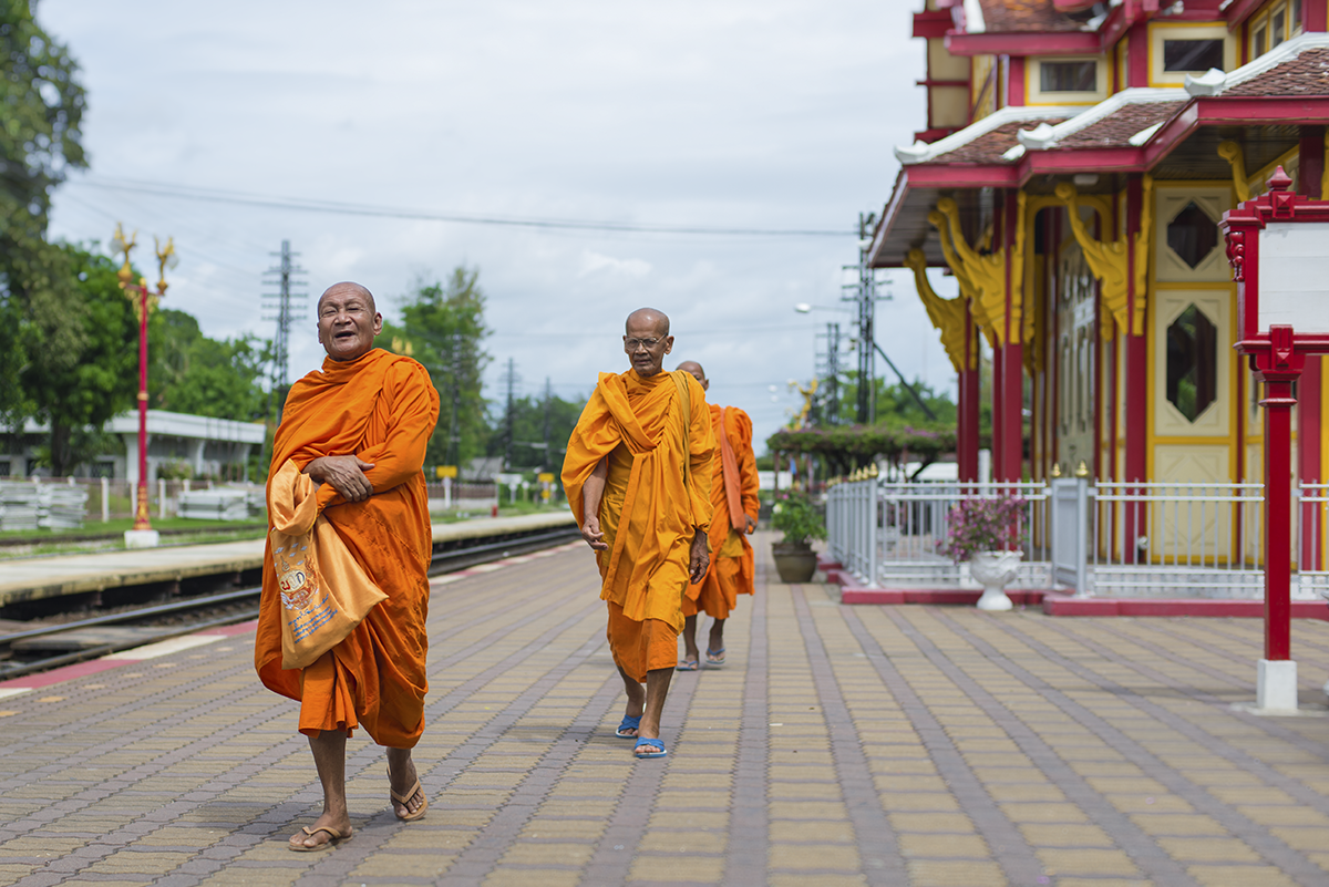 Following the tracks, Hua Hin, travel photography