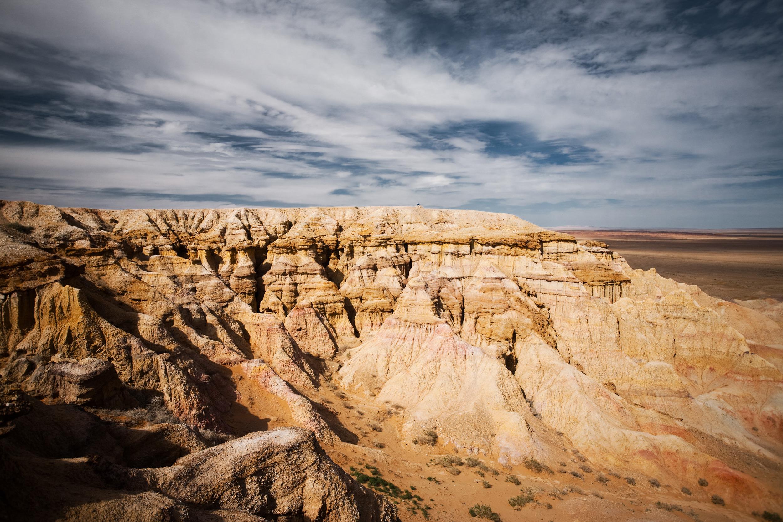 Bayanzag Flaming Cliffs, Gobi Desert, visit mongolia