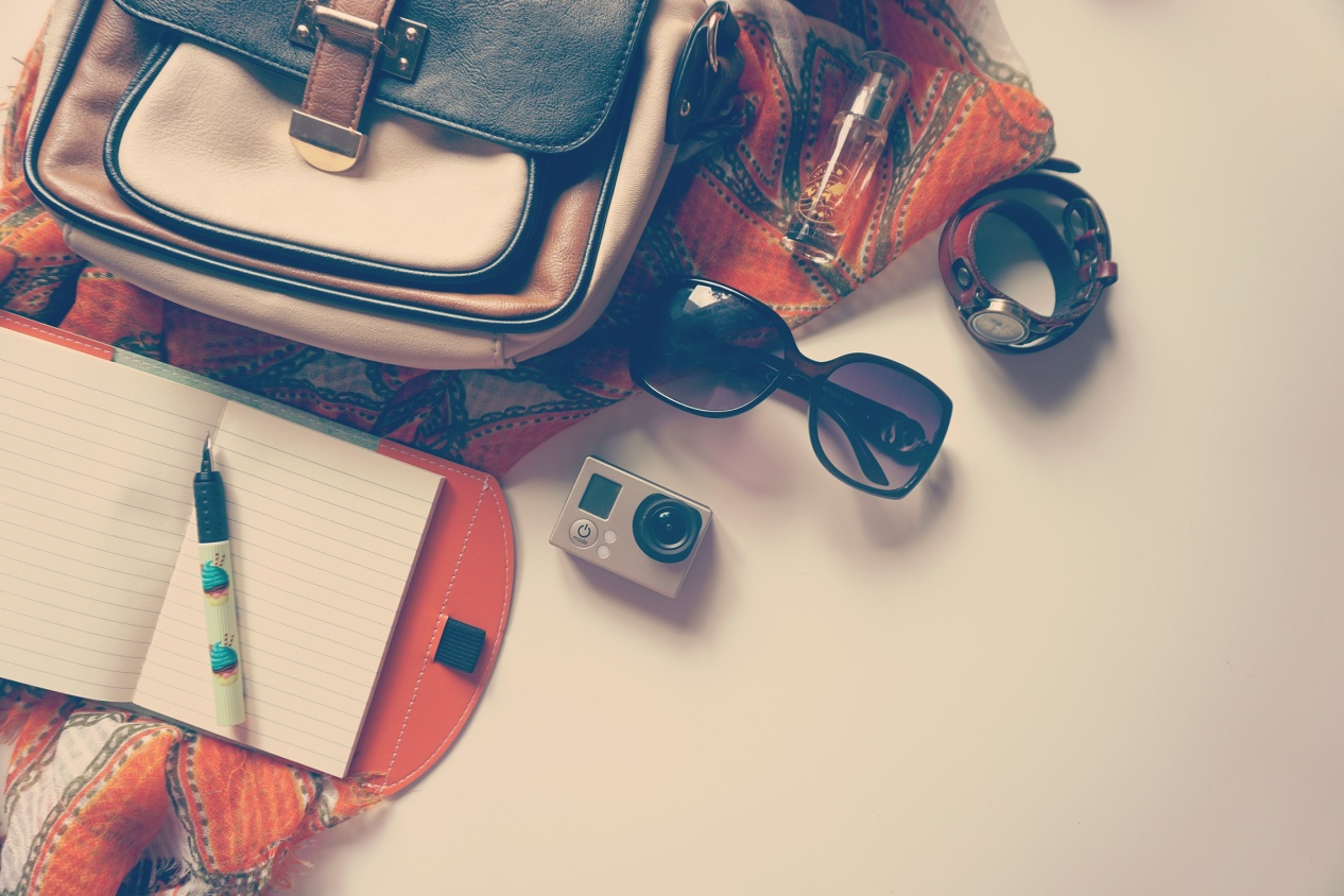 Image Source: pexels.com, how to pack light