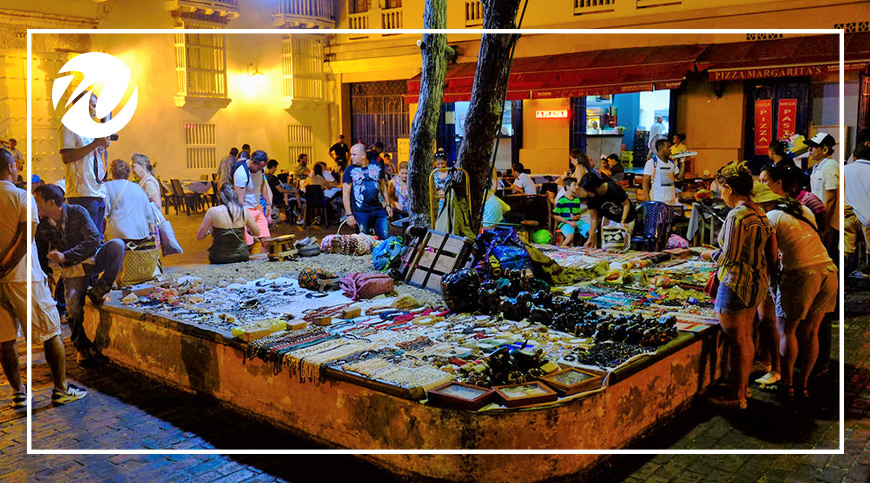 Street markets in Colombia, South American souvenirs