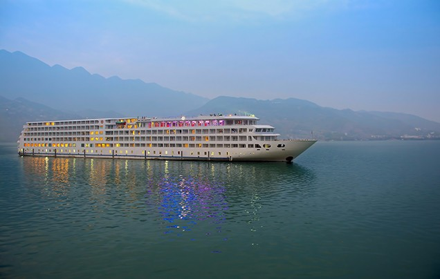 Day 1: Yichang – Yangtze River Cruise