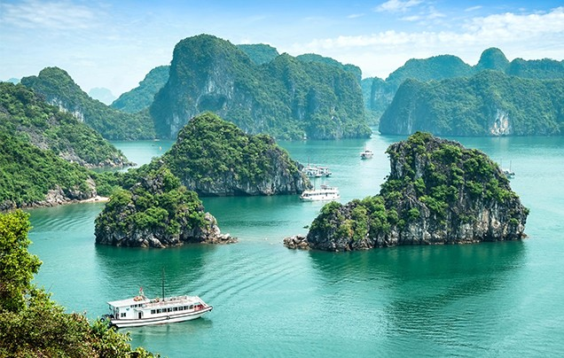 Days 9-10: Halong Bay