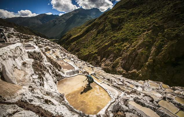 DAY 6: TRAVEL TO THE SACRED VALLEY