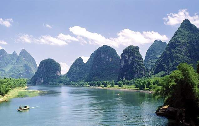 DAY 7: CRUISE THE LI RIVER
