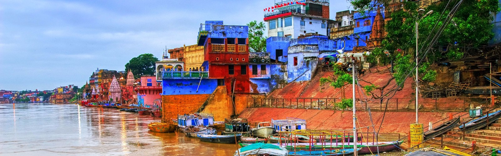 Ghats on River Ganges Holidays