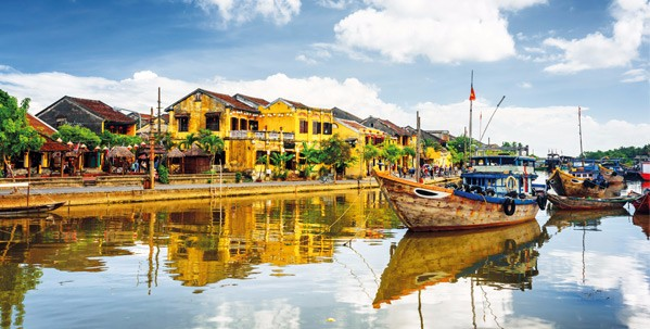 Walk the atmospheric streets of old Hoi An